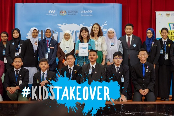 KidsTakeover Parliament for World Children's Day