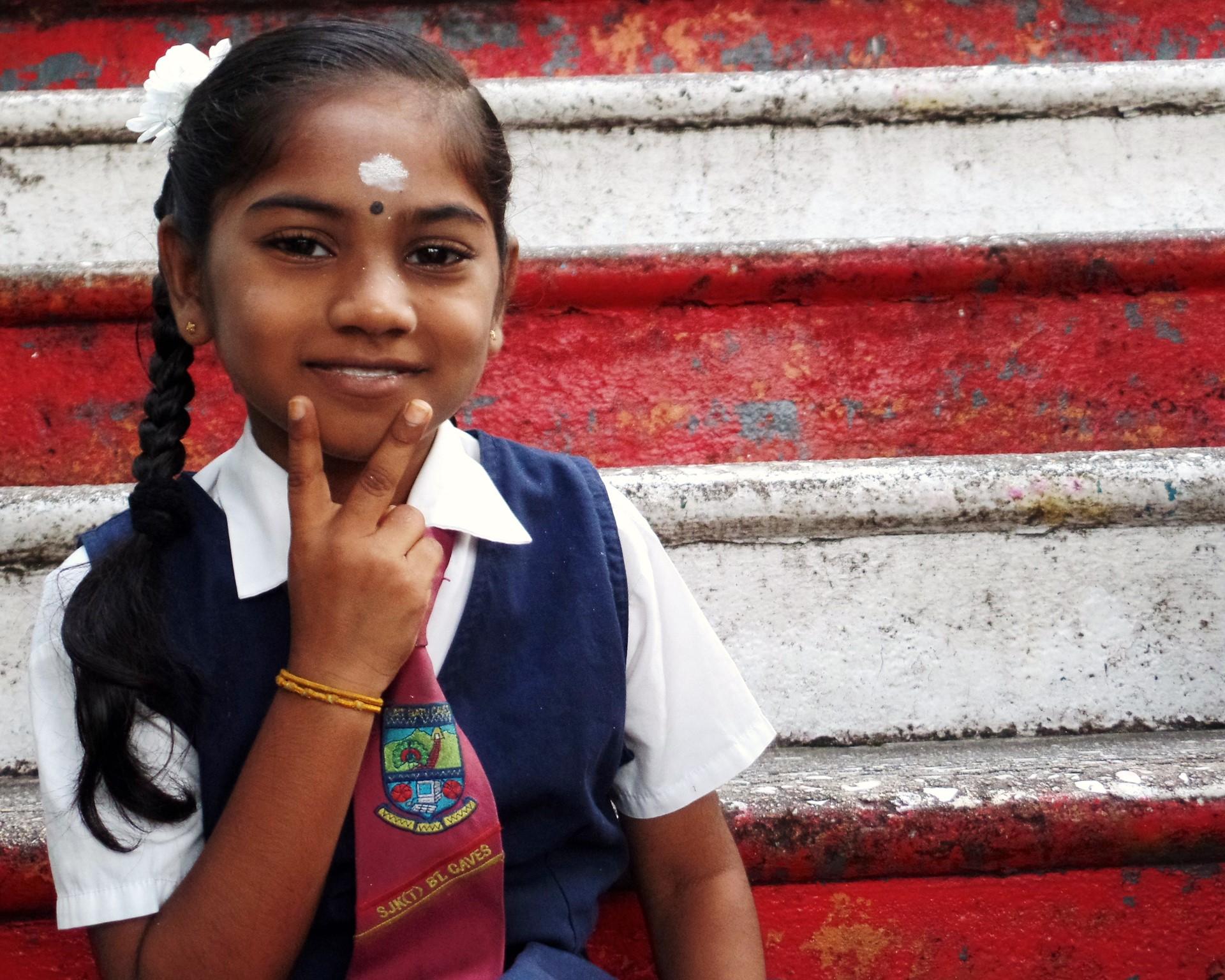 C4C-YS-photos-Rafiq-schoolgirl